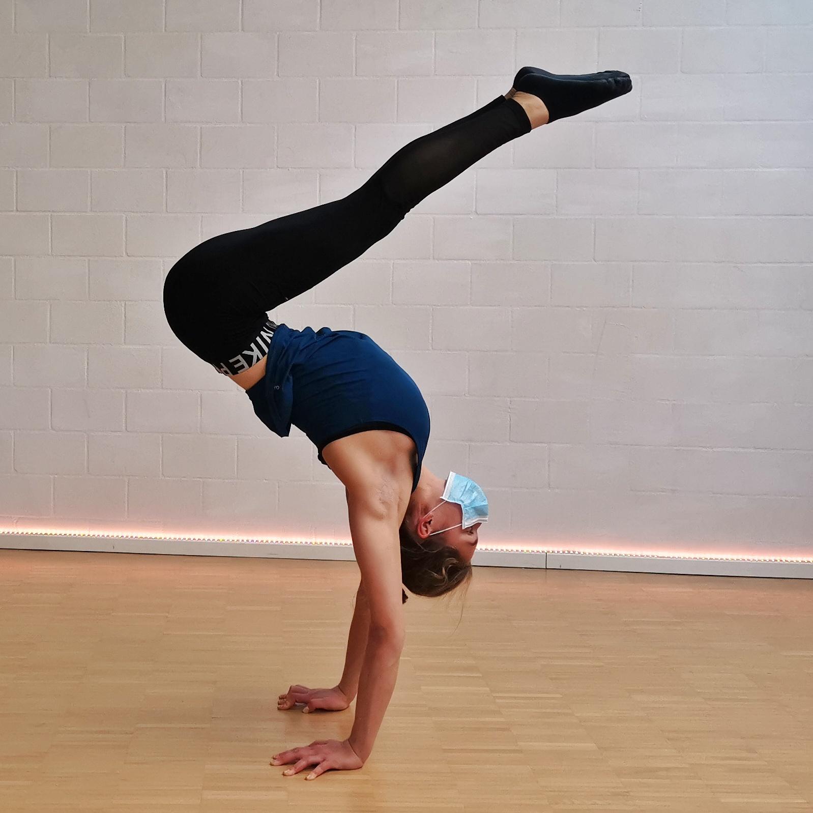 akrobatik.ch KLG, Handstand-Akrobatik, Dietlikon Zürich