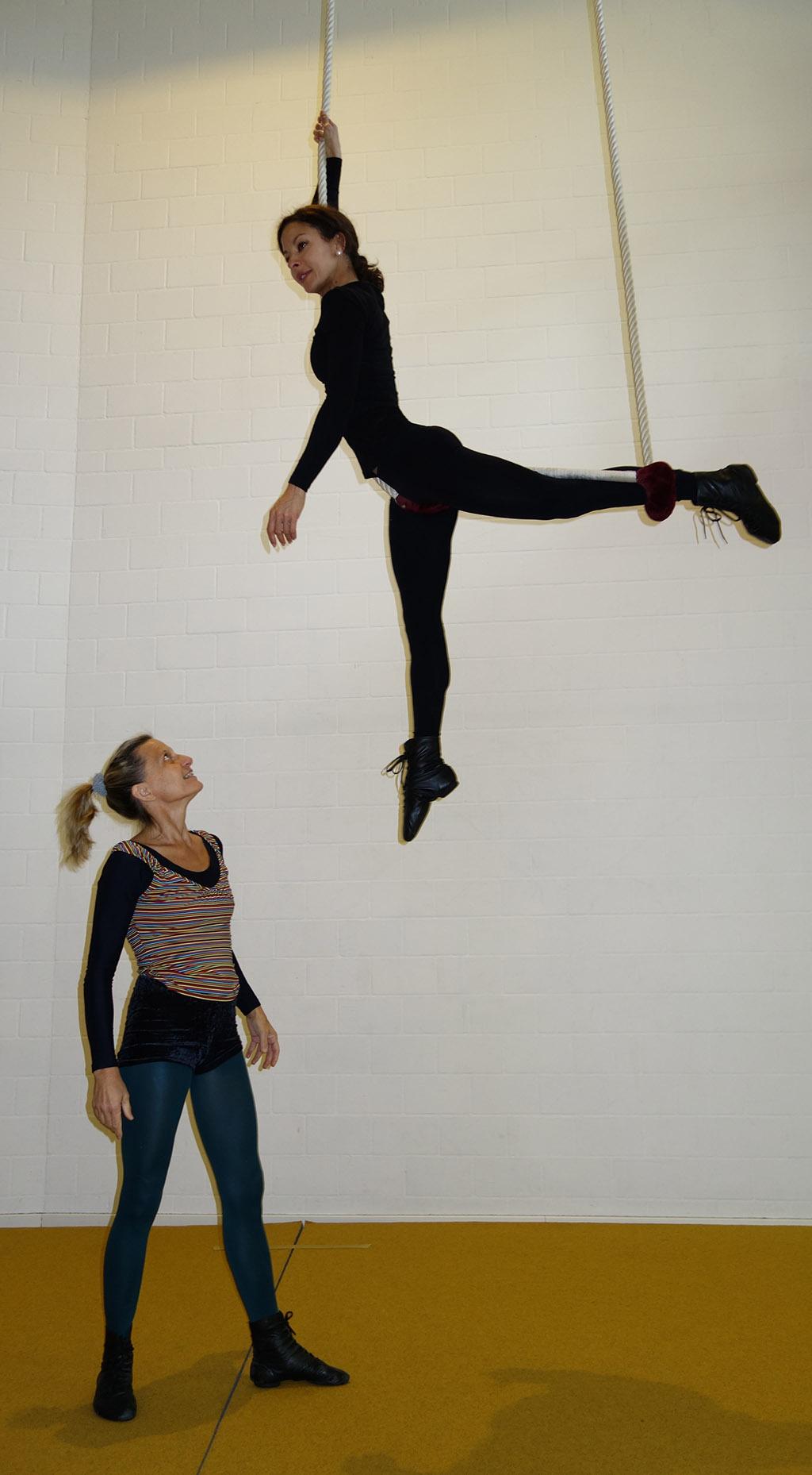 Privat-Lektionen akrobatik.ch KLG Dietlikon Zürich