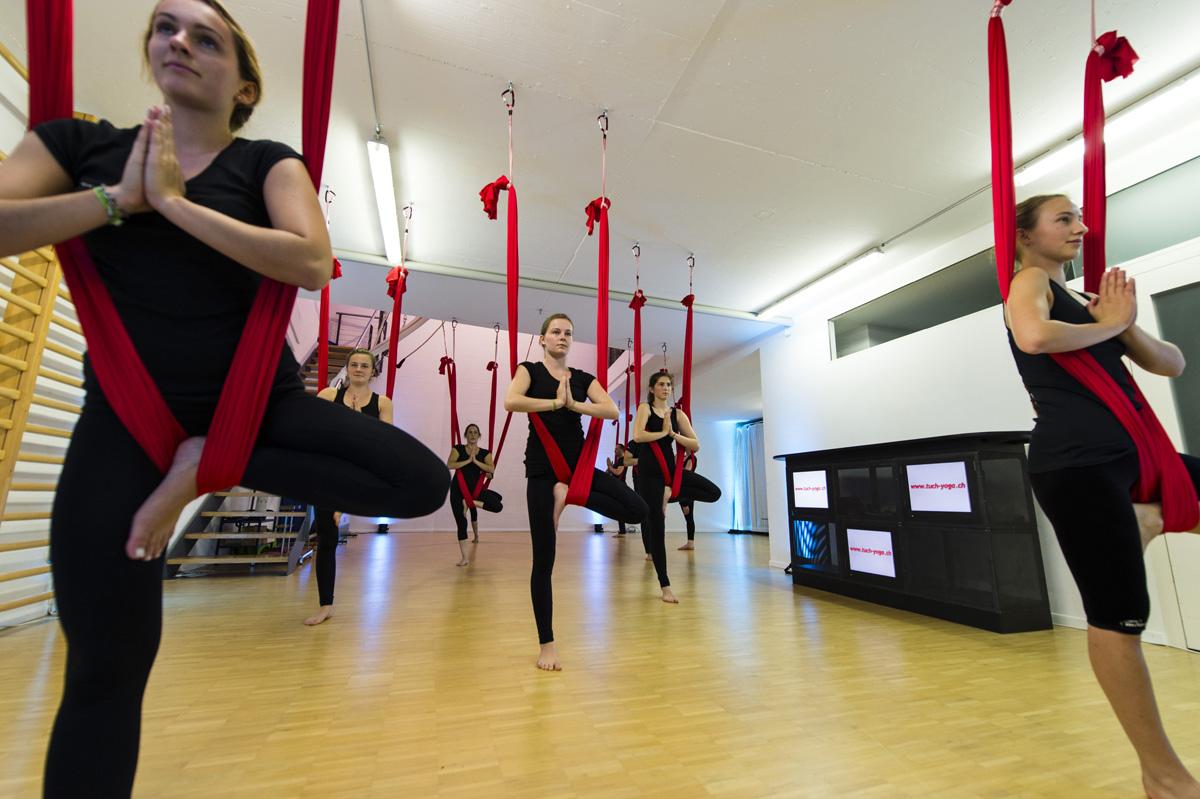 Aerial Yoga, akrobatik.ch KLG, Dietlikon Zürich