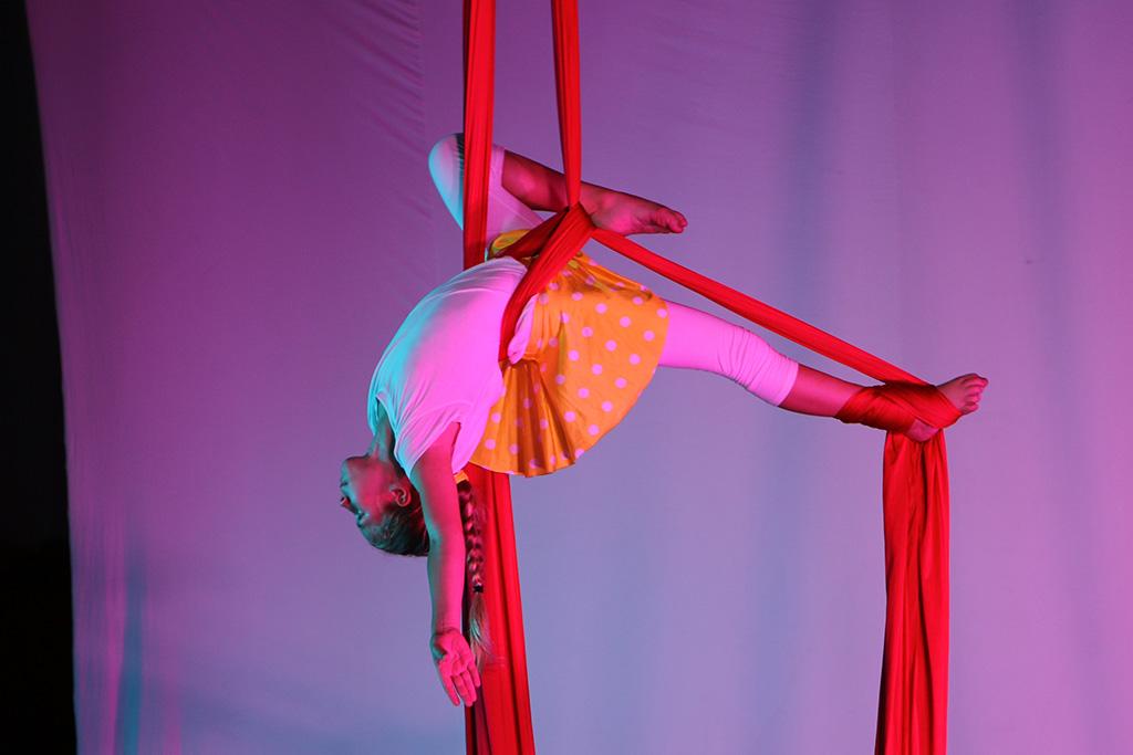 Kinder-Akrobatik akrobatik.ch KLG Dietlikon Zürich